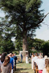 Les cérémonies laïques de mariage ont le vent en poupe.