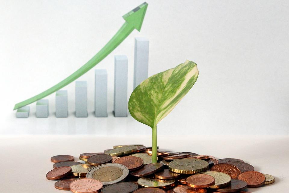Faut il investir dans la bourse ou dans les crypto monnaies ?